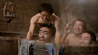 洗浴被围观 宝强被矿友乱摸