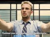 """《绝命反击》片段:""""美队""""电梯脱衣被围观!看着很享受嘛!"""