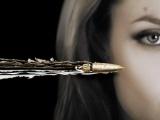 《通缉令》限制级中文预告 杀手无情子弹穿破大脑