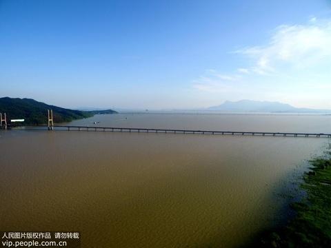 受降雨影响 长江江西段、鄱阳湖水位快速上涨