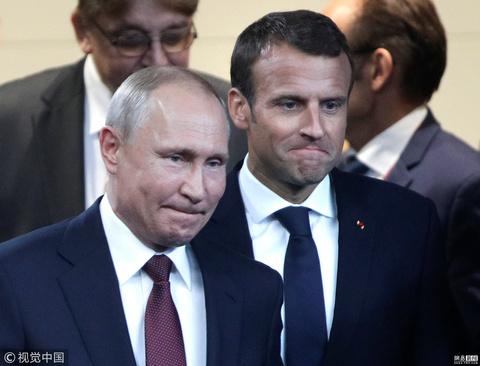 """俄日法领导人国际会议上同框玩转""""表情包"""""""