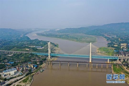 """重庆首座长江大桥""""服役""""59年""""退役"""""""
