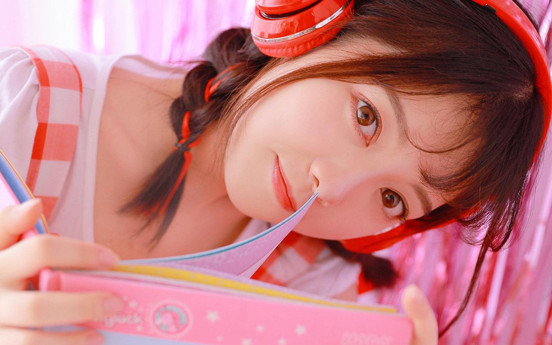 清纯美女可爱甜美写真图片桌面壁纸 桌面壁纸 图片 写真 甜美 可爱 清纯美女 美女图片  图1