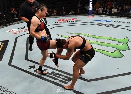 张伟丽获UFC世界冠军