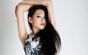 美女演员宁丹琳夏日写真壁纸精选 13