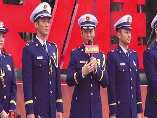 黄晓明新戏演消防员 衣服被导演直接点燃腿毛烧没