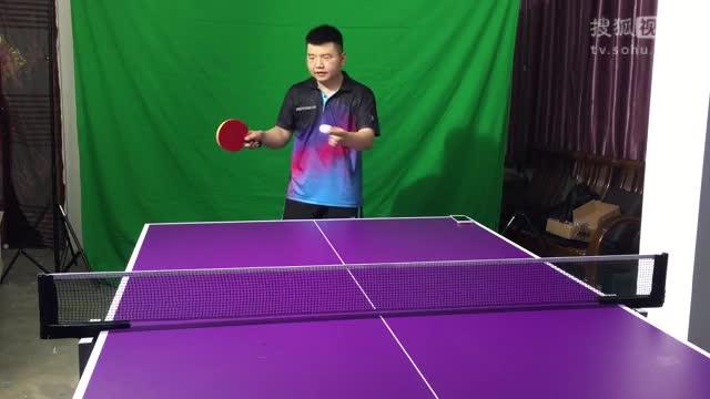 《乒乓网私人教练》用粘套涩套发球 拉球动作上有什么区别 乒乓球教学视频