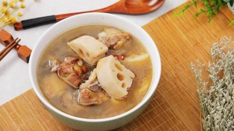 立秋莲藕排骨汤