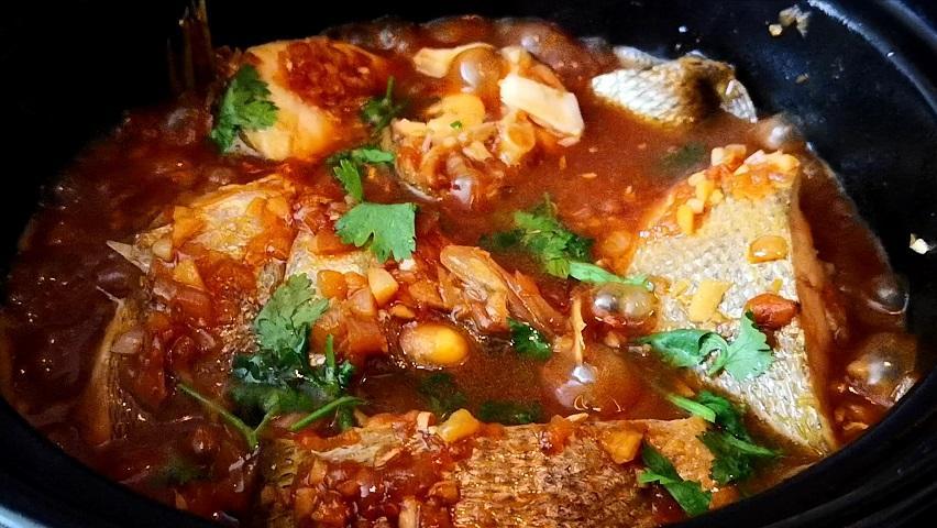 和客家朋友学来的鱼的这种做法,无须用水鱼肉鲜美滑嫩,太香啦!