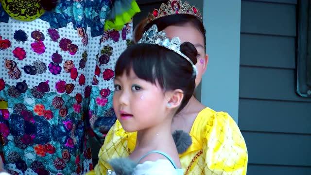 第6期:汤包姐妹迪士尼变身小公主