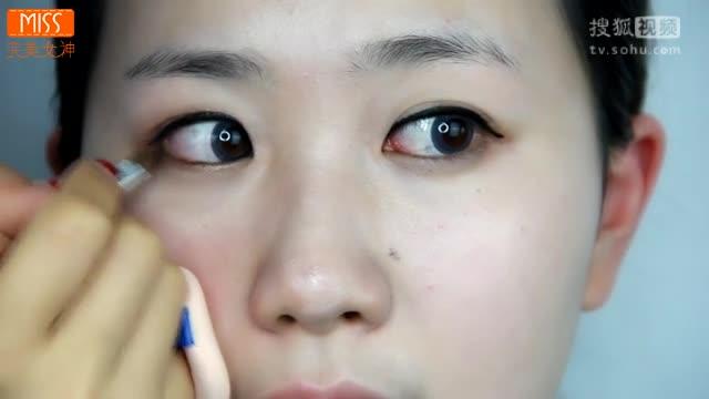 韩式美妆-春季少女必备妆容