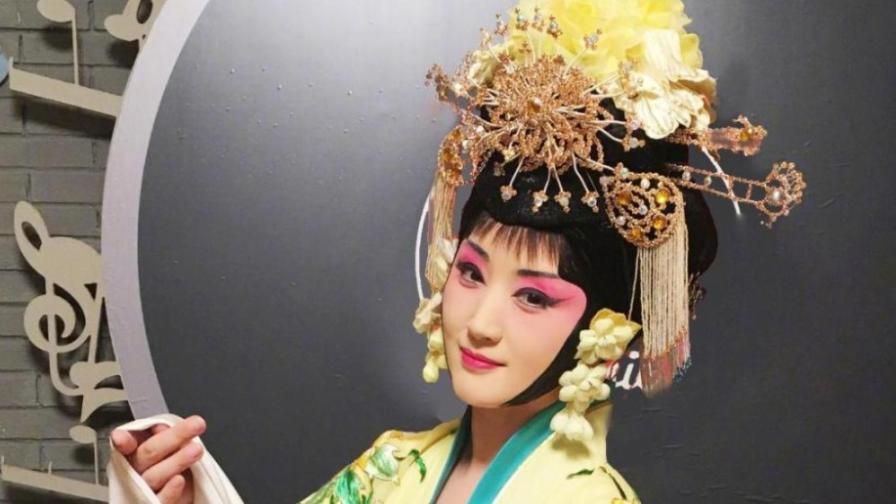 李玉刚算什么,杨钰莹首次挑战杨贵妃,一曲《梨花颂》全场沉醉