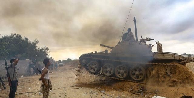 奇迹sf埃尔多安直接动手,一举扭转北非战局,哈夫塔尔一指挥官被炸身亡