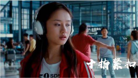 张智霖一首经典歌曲《十指紧扣》,磁性温柔的声音,深入人心!