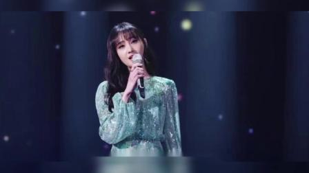 郑爽突破520万粉丝,亲自演唱《追光者》,真的太宠粉丝了