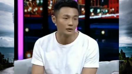 李荣浩从父亲去世到现在没掉过一滴眼泪 就连最后一面都不见
