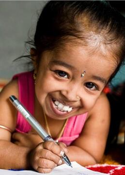 世界最小女孩剧照